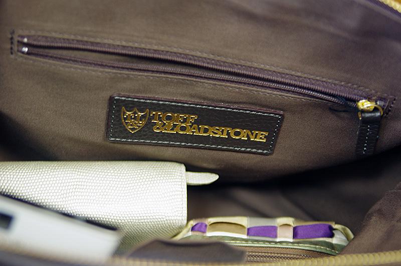 トフ&ロードストーンのバッグ内のポケット